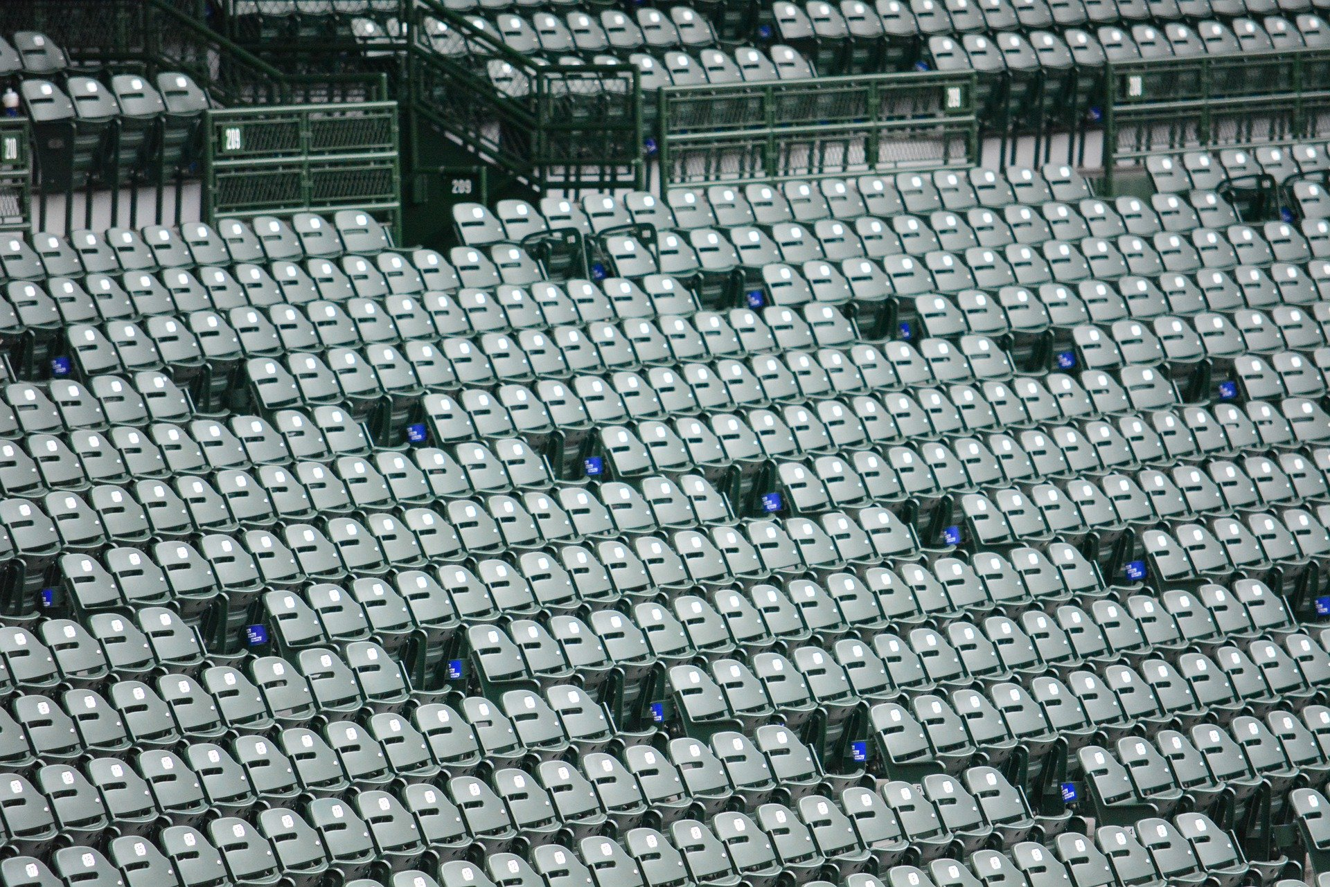 wrigley wrigleyville wrigley field chicago cubs white sox baseball schedule 2020